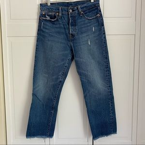 Levi's Wedgie Fit Ankle Cut Off Jeans